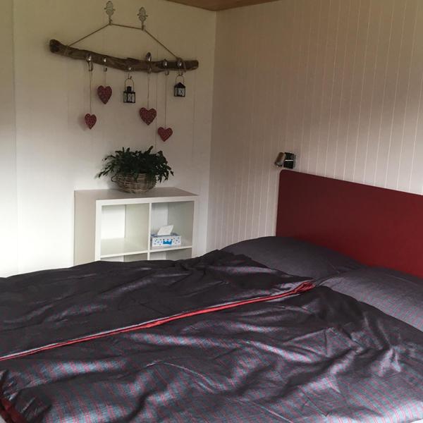 Grosses Schlafzimmer - Ferienwohnung Chalet Anemone Grindelwald